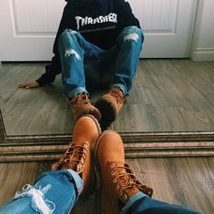 trendy party outfit for teen girls jeans boots Party Outfit For Teen Girls, Outfits For Teens, Casual Outfits, Cute Outfits, Converse Outfits, Winter Looks, Selfies, Teen Photography, Foto Instagram