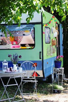 My Vintage Caravan  Styling: Žana Kapetanović  Foto: Mateja Jordovič Potočnik