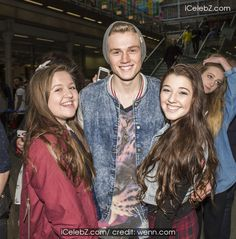 Tristan Evans The Vamps arrive back in London following a trip to Paris, and treat their mob of fans to an impromptu gig at St. Pancras International station http://www.icelebz.com/events/the_vamps_arrive_back_in_london_following_a_trip_to_paris_and_treat_their_mob_of_fans_to_an_impromptu_gig_at_st_pancras_international_station/photo45.html
