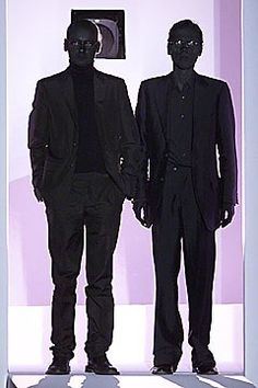 Viktor & Rolf Fall 2001 Ready-to-Wear Collection Photos - Vogue
