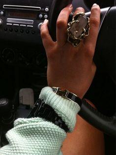 rings & things..