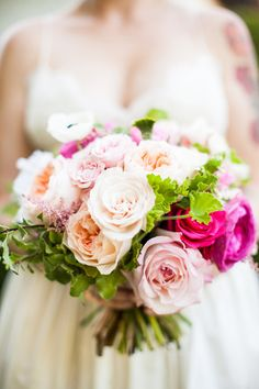 Peach Wedding Bouquets - Belle The Magazine Bride Bouquets, Bridesmaid Bouquet, Floral Bouquets, Rose Wedding, Spring Wedding, Wedding Flowers, Wedding Collage, Rose Bouquet, Wedding Trends