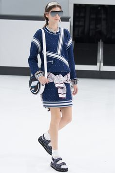 Chanel Printemps  Été 2016 - acte 2 - Chanel Airlines