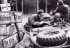 Germans at the crossroads between Malmedy & St. Vith.
