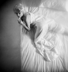 Marilyn photographed by Douglas Kirkland, 1961