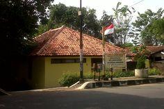 UPT Labkesling ( Laboratorium Kesehatan Lingkungan ) Jalan Rd Dewi Sartika, Kel Sumber, Kecamatan Sumber, Kabupaten Cirebon, Jawa Barat, Indonesia. photo cp 20 Juli 2014