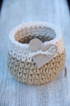 Handmade crochet basket Material: cotton, linen color: natural Measures are approximately: Ø 11 cm ( 4,33) , H 8 cm (3,14),