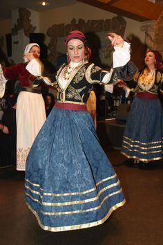 Ένωση Κρητών Νέας Σμύρνης / Cretan Association of Nea Smyrni Greek Traditional Dress, Traditional Outfits, Greek Costumes, Dance Costumes, Greek Independence, Folk Clothing, Greek Culture, Folk Dance, Beautiful Costumes