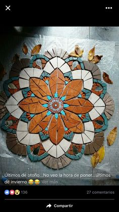 Mosaic Garden Art, Mosaic Tile Art, Mosaic Pots, Mosaic Artwork, Pebble Mosaic, Mirror Mosaic, Mosaic Crafts, Mosaic Projects, Stained Glass Projects