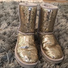 8c3075195cc Women's Ugg Sequin Boots Beautiful women's Uggs in royal blue ...