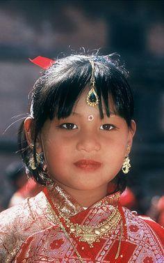 Beautiful Nepali girl. (Nepal, South-Central Asia)