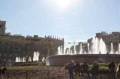 Plaça de Catalunya. Un endroit agréable où on peut flâner tranquillement Espagne Barcelone
