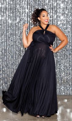 Our best-selling Plus Size Eternity maxi dress is back! This is one dress you can wrap dozens of ways, for endless wardrobe possibilities. From formal wear to the beach, this one dress can take you from day to night and back again… All depending on how you wrap it! Unbelievably Awesome! I want one!