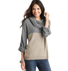 Oversized Colorblocked Turtleneck Sweater