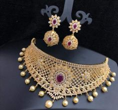 10 Top one gram gold chokers with price. Buy 1 Gram gold chokers necklace with earrings with best price. Check our collections at siri designers 1 Gram Gold Jewellery, Gold Jewellery Design, Antique Jewellery, Designer Jewellery, Bridal Jewellery, Gold Jewelry Simple, Simple Necklace, Gold Choker, Gold Necklace