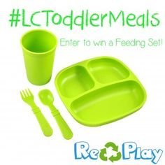 Lipgloss & Crayons has teamed up with Replay Recycled to giveaway a feeding set each week for the next four! Fingers crossed!