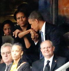 9 Ways To Guard Your Man By Michelle Obama. When Helle Schmidt gets flirty and decides to take a selfie with Obama, Michelle through body language shows you