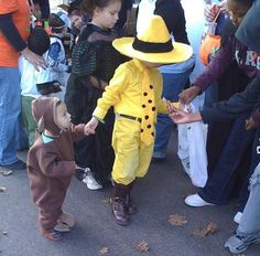 So sweet for a big bro/ lil bro Halloween costume. Curious George