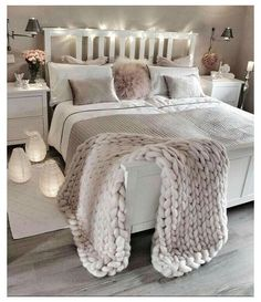 Bedroom Decor For Teen Girls, Cute Bedroom Ideas, Girl Bedroom Designs, Room Ideas Bedroom, Trendy Bedroom, Home Decor Bedroom, Modern Bedroom, Bed Room, Bedroom Furniture