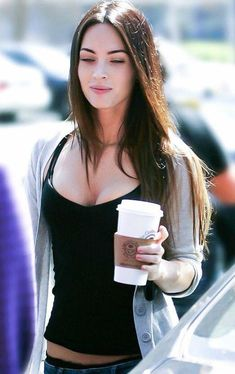 Megan Fox Style, Megan Fox Hot, Megan Denise Fox, Beautiful Celebrities, Gorgeous Women, Vicky Justice, Jennifer's Body, Hollywood Actresses, Beauty Women