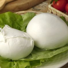 Fresh Buffalo Mozzarella on a bed of lettuce! What a paradisiac and yummy sight!   Download Bravo Italy Gourmet app on Googleplay and Appstore.   Buyers@bravoitalygourmet.it  #bravoitalygourmet #cheese #freshcheese #italiancheese #mozzarella #buffalomozzarella #italianmozzarella #buffalo #lettuce #italianfood #italy #italianstyle #foodporn #foodie #yummy #instapic #picoftheday #foodlovers #foodpics #foodprops #instalovers #instagram #instagramers #instafood