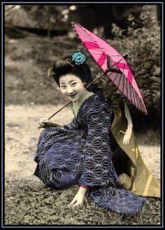 Vintage Geisha Postcards 16