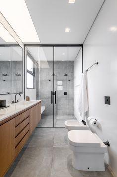 Bathroom Design Luxury, Bathroom Layout, Modern Bathroom Design, Contemporary Bathrooms, Small Bathroom, Bathroom Showers, Bathroom Designs, Bad Inspiration, Decoration Inspiration