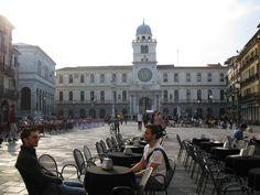 [x] padova, italia- piazza dei signori