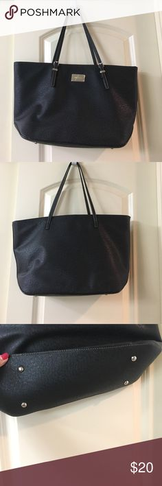 """Black Tote Nine West black vinyl Tote. Has protected feet. Straps hang approximately 11"""". No rips. Smoke and pet free. All zippers work great. Carried a few times to church and work. Has zipper closure. Nine West Bags Totes"""