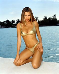 Sofia Vergara In Gold Bikini