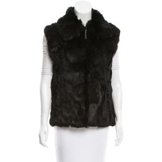 Pre-owned Saks Fifth Avenue Peter Pan Collar Fur Vest ($395) ❤ liked on Polyvore featuring outerwear, vests, black, fur vests, zip vest, zipper vest, fur waistcoat and pocket vest