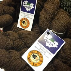 Of course no show would be complete without a visit to our friends at @buffalowoolco . So many great colors and blends but the classic Earth is always a favorite in our studio. . . . #stitcheswest #crochet #yarn #yarnporn #yarnpornofinstagram #knitting #knitters #knitting #knittersofinstagram #crochetersofinstagram #crochetersofstitcheswest #americanbison #buffalowoolco #buffalowoolearth #brown by shibaguyz