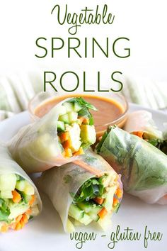 Vegetable Spring Rolls with Peanut Sauce (vegan, gluten free) - These fresh Vietnamese spring rolls are a quick easy meal. The peanut sauce is to die for! Easy Spring Rolls, Vegetable Spring Rolls, Fresh Spring Rolls, Thai Spring Rolls, Rice Paper Spring Rolls, Healthy Spring Rolls, Fresh Rolls, Vegetable Recipes, Vegetarian Recipes