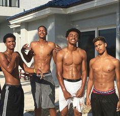 Cute boys get together🌚 Fine Black Men, Gorgeous Black Men, Cute Black Guys, Handsome Black Men, Fine Men, Beautiful Boys, Cute Lightskinned Boys, Cute Guys, Pretty Boys