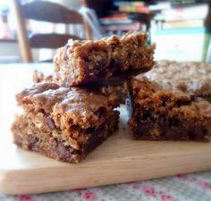 chocolate-covered raisin (Raisinette) oatmeal bars