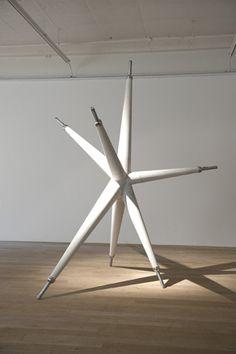 Light and Weight Tipo de evento:Exposiciones Artistas/s: -Jorge Macchi Fecha de inauguración:9 Junio de 2012 Fecha de finalización:28 Julio de 2012 Organiza y/o se celebra: -Galerie Peter Kilchmann
