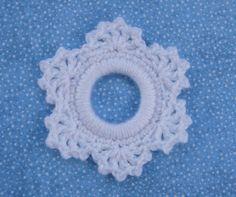 Lacy Snowflake Ring Ornament - free crochet pattern