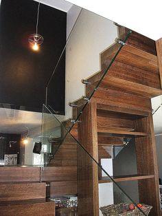Balustrada wewnętrzna – szkło hartowane, samonośne