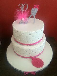 Diamond quilt hot pink cake