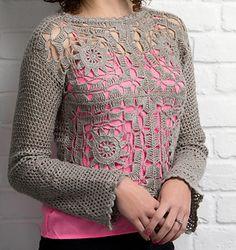 Pretty lace crochet top in linen. Pattern on Ravelry!