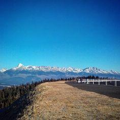 In all their glory  Tatry #insta_svk_2016_januar #insta_svk #ig_slovakia #loves_slovakia #thisisslovakia #mountainworld #mountains #mountaineering #mountaingirls #vysoketatry #tatry #mytripmyadventure #bestmountainartists #wilderness_culture #viewpoint #mountains #outdoorewomen #outdoors #outdoorlife #thegreatoutdoors #adventurer #adventuretime #slovakia #naturephotography #nature_perfection #wanderlust #bluesky #winter #liptov #getoutstayout