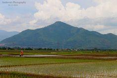 Gunung dan Petani di Alam Parahyanganku / Mountain and farmer in my Parahyangan's Nature