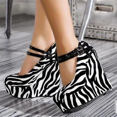 zebra print wedges get in my closet! Dream Shoes, Crazy Shoes, Funky Shoes, Cute Shoes, Me Too Shoes, Awesome Shoes, Wedge Heels, High Heels, Sexy Heels