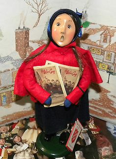 BYERS CHOICE CAROLER Salvation Army War Cries Girl with Newspapers Hang Tag