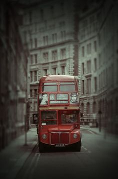London London Red Bus, Have A Safe Trip, England Ireland, Wales Uk, Places In Europe, London Calling, Great Britain, Big Ben, United Kingdom