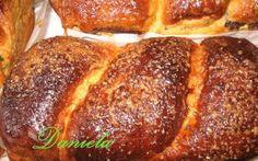 Retete Culinare - Cozonac moldo-ardelenesc Romanian Food, Romanian Recipes, Pan Dulce, Sweet Memories, Cake Cookies, Nutella, Pesto, Banana Bread, Sweets
