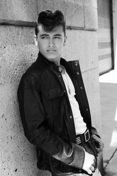 File under: Datei unter: Psychobilly Hair, Greaser Hair, Greaser Style, 50s Greaser, Rockabilly Style, 1950s Mens Hairstyles, Quiff Hairstyles, Classic Hairstyles, Boys Leather Jacket