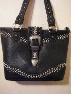 A black pu leather concealed carry shoulder by CJsVintageCowgirl
