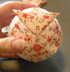 Crafter without a Cat: Quilted Ball Ornament Tutorial