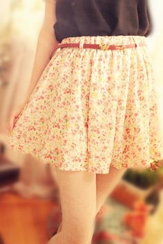 Floral skirt pretty summer fashion collection #2dayslook #summercollection www.2dayslook.com 윈스바카라 yogi14.com 세븐바카라